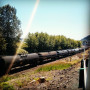 Crude oil train stopped along the Columbia River. Photo by Andrew Hawley.