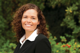 Melissa Powers '01, Jeffrey Bain Faculty Scholar and Professor of Law