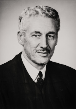 Oregon Justice Ralph Holman '37 (Credit: Oregon Historical Society BB13508)